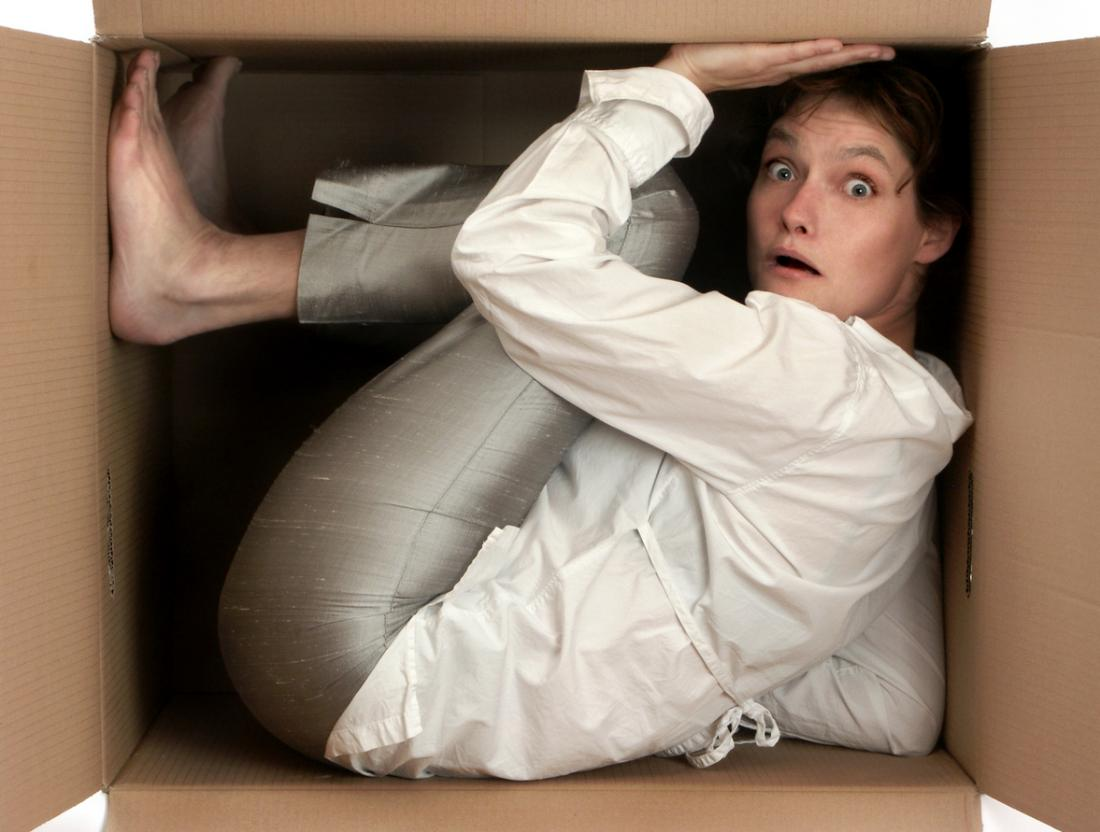 Claustrophobia: Causes, symptoms, and treatments