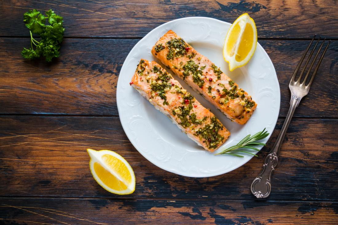 Fish oils and omega-3 oils: Benefits, foods, and risks