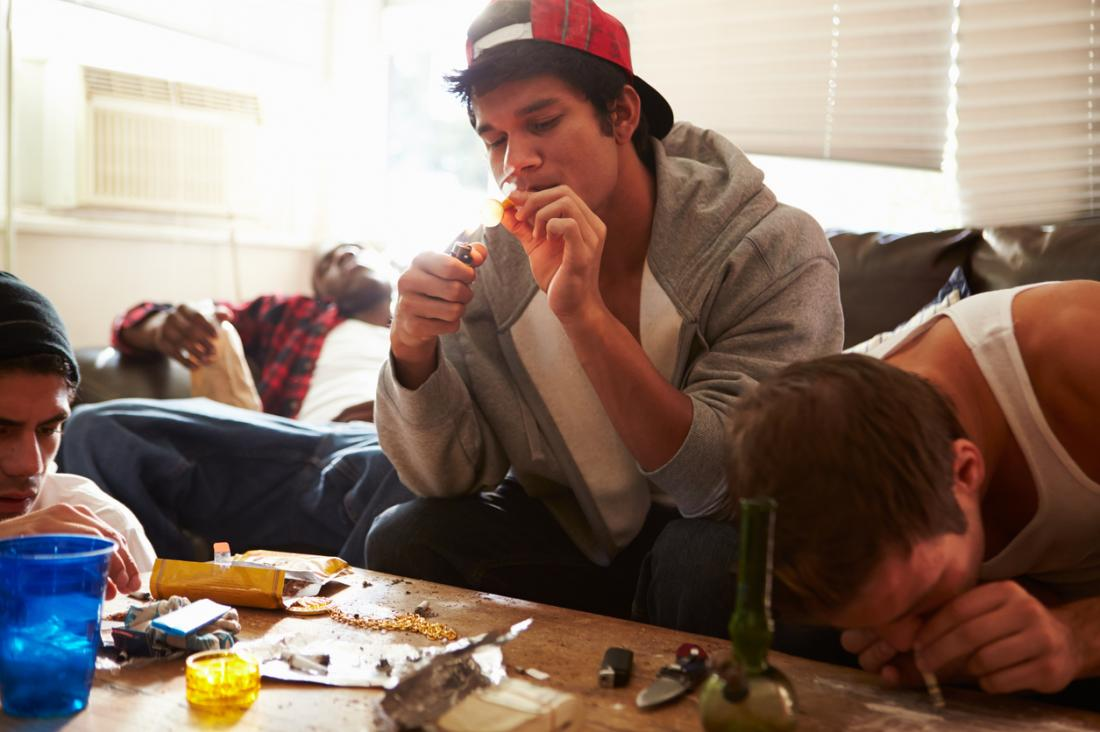 Cocaine: Effects, risks, and managing addiction