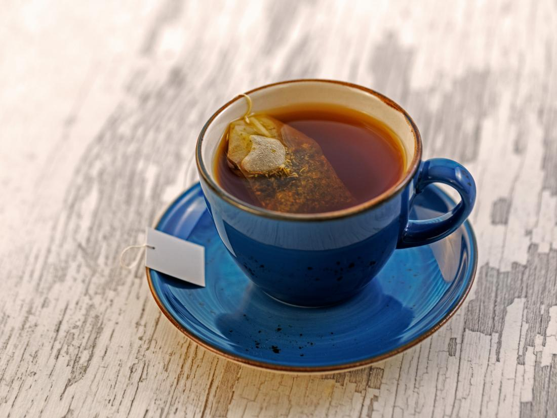 5 DRINKS THAT TURNS YOUR TEETH TO YELLOW: Black tea