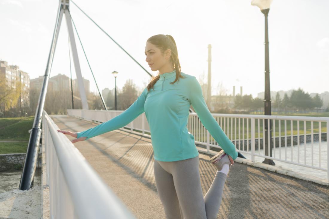 Knee pain: 14 home remedies