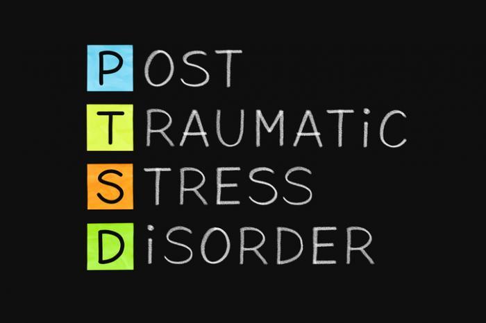 """letters spelling out ptsd - Un """"romanzo"""" che non vorremmo mai leggere: quello della guerra nei videogiochi"""
