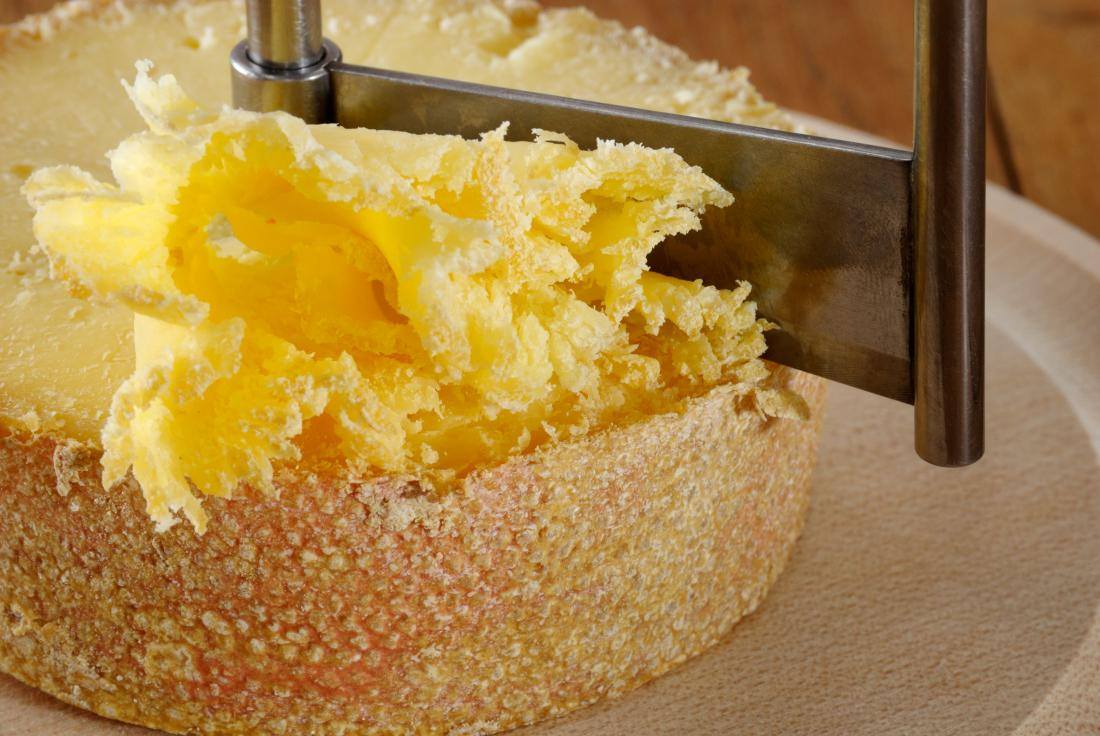 Diabetes and cheese: Options, benefits, and breakdown