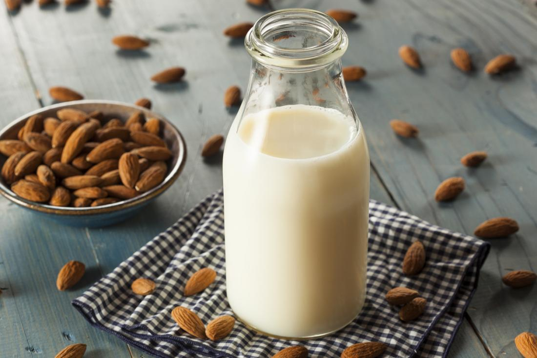 7 Benefits Of Almond Milk