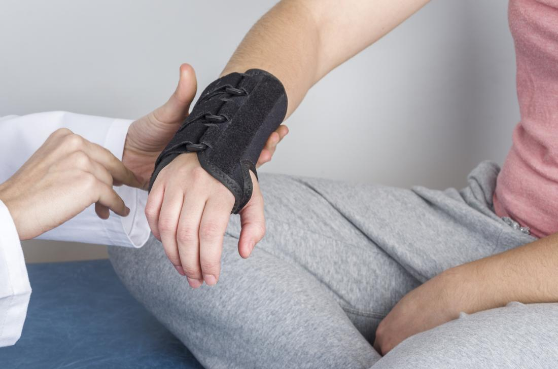 What is paresthesia? Causes an...