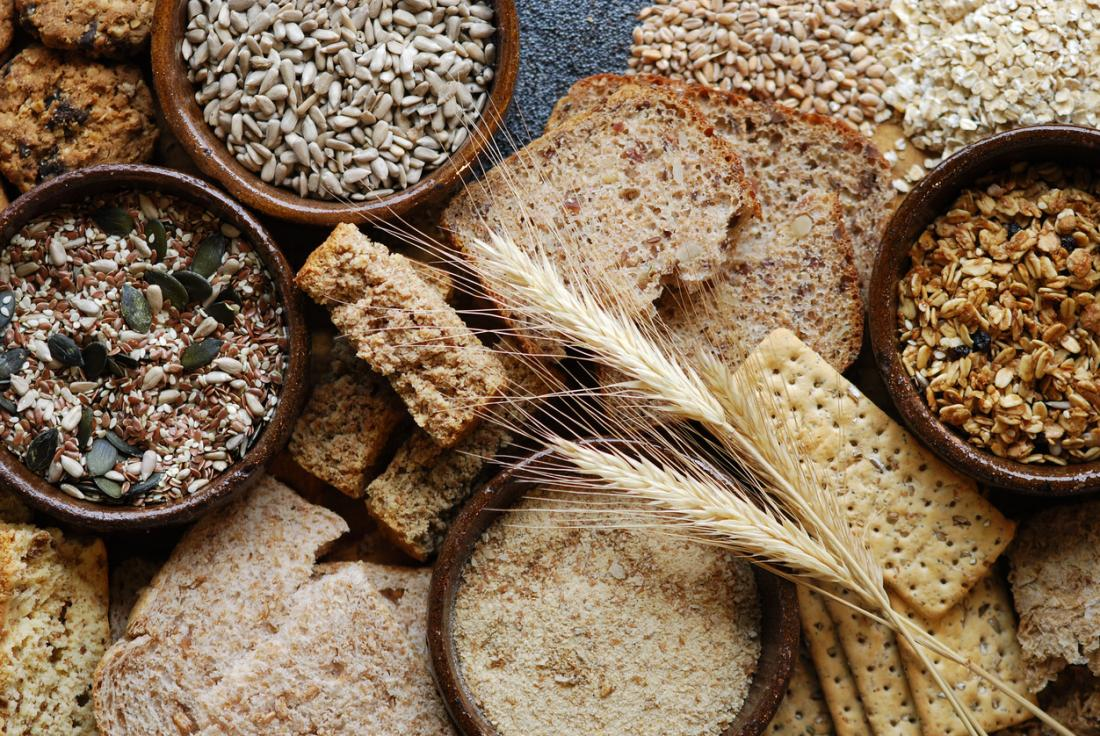 Soluble and insoluble fiber: Differences and benefits