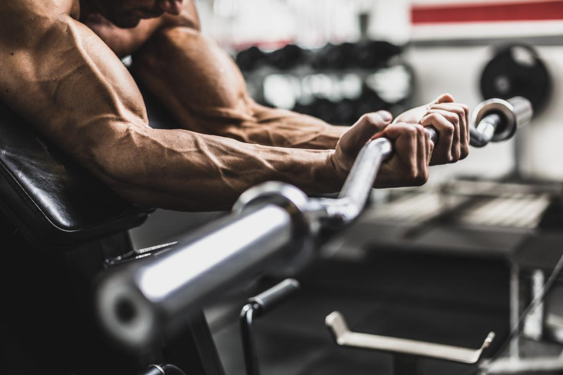 Clenbuterol: Uses, side effects, and risks