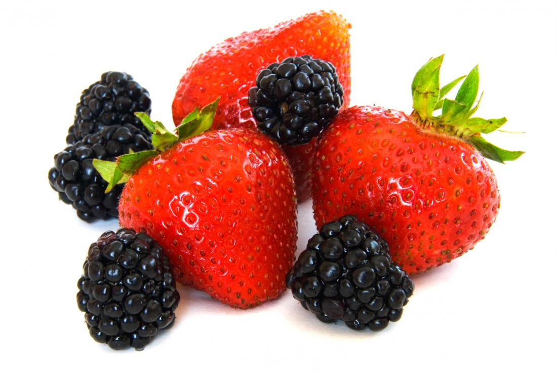 Eight low-sugar fruits