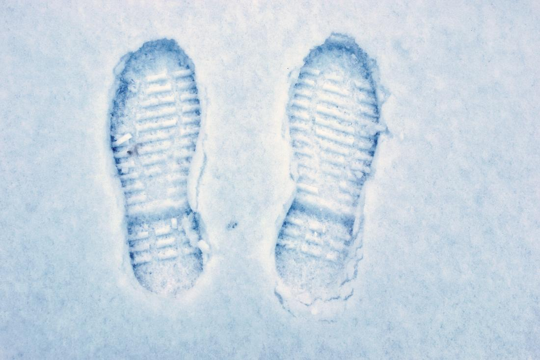Cold feet: Causes and remedies