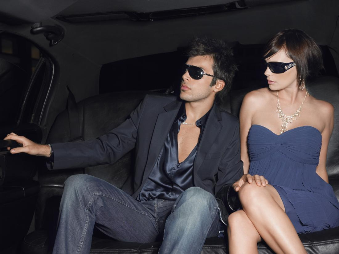 Being rich might make you want to hook up, but not for long