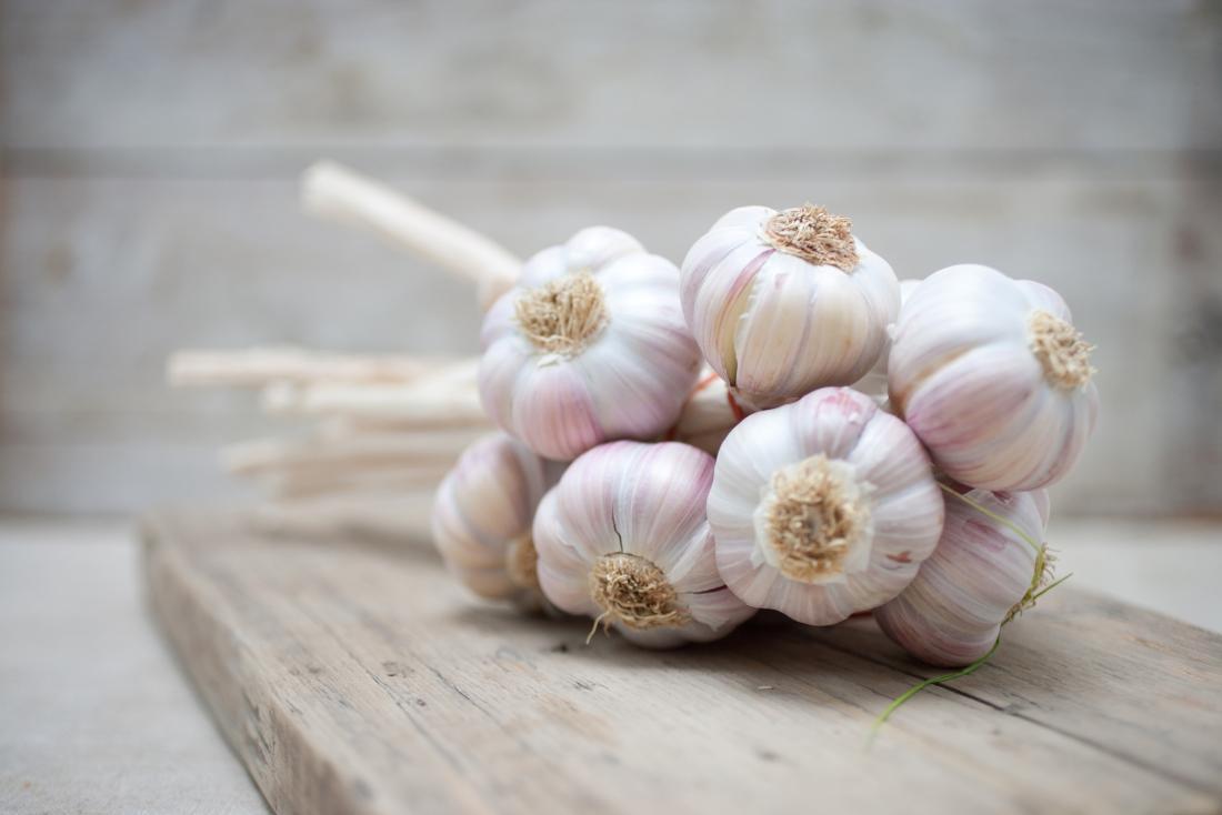 Garlic as a natural home remedy for ringworm.