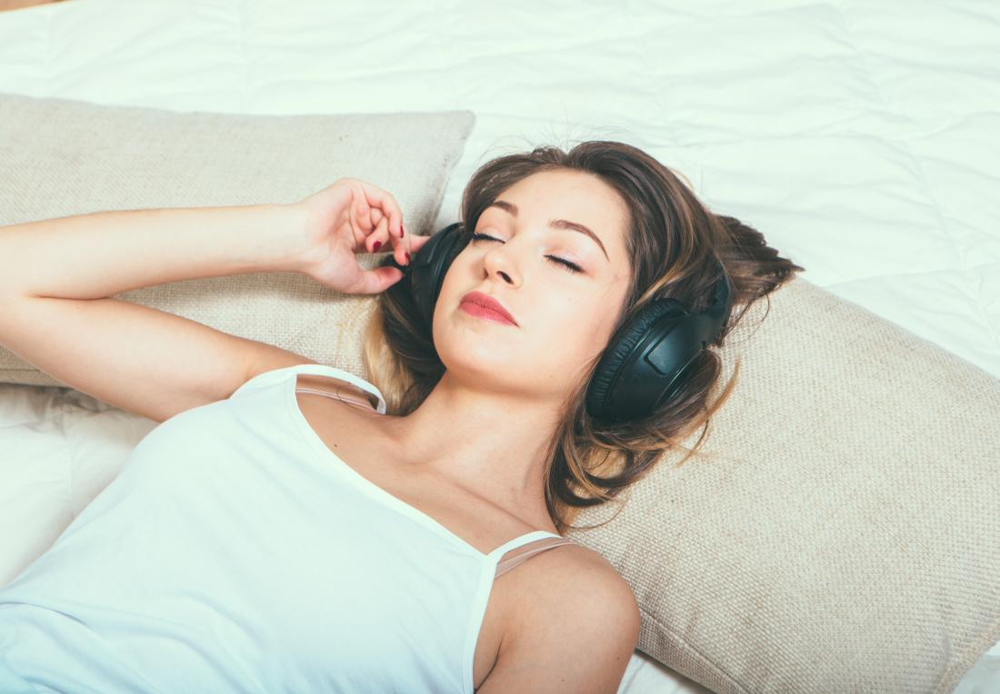Ears ringing after concert: 5 remedies and when to see a doctor
