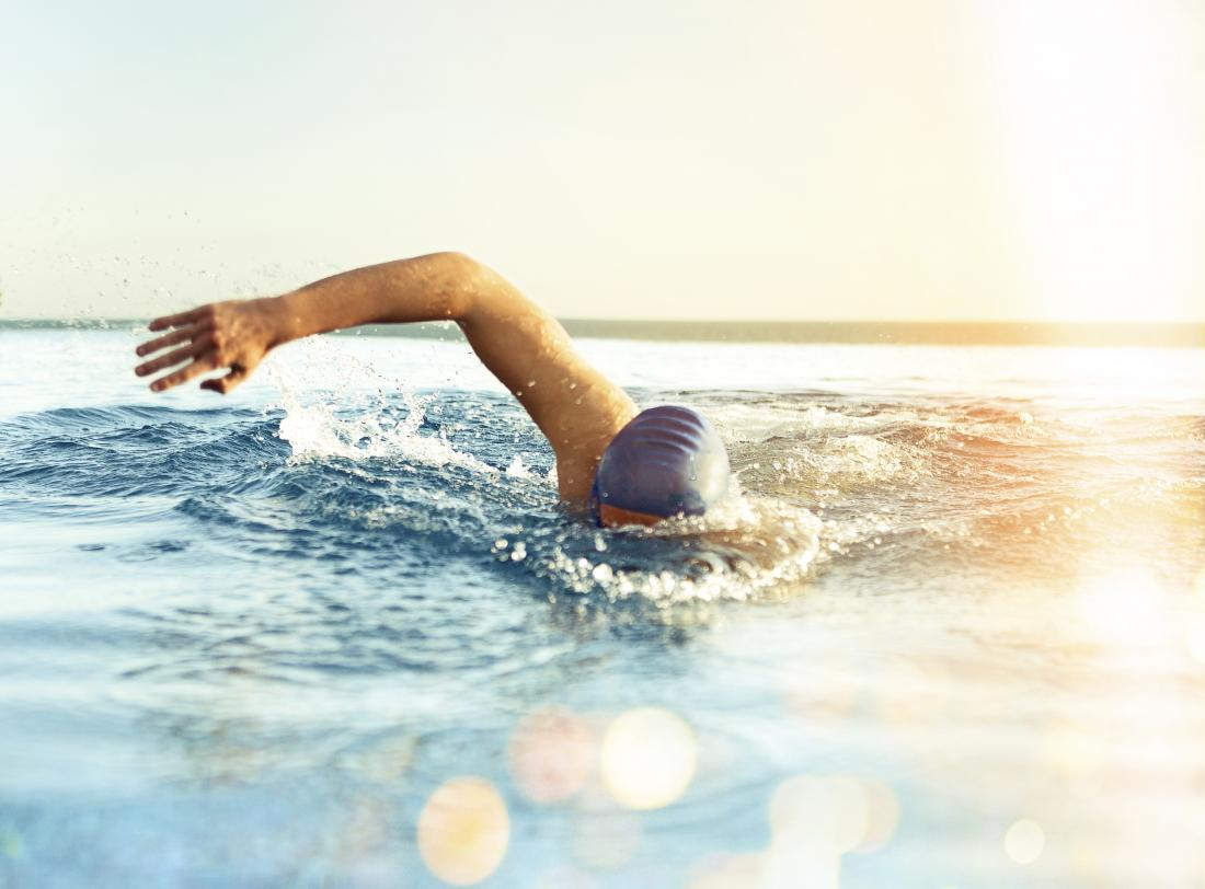 15 benefits of swimming: Weight loss and physical and mental