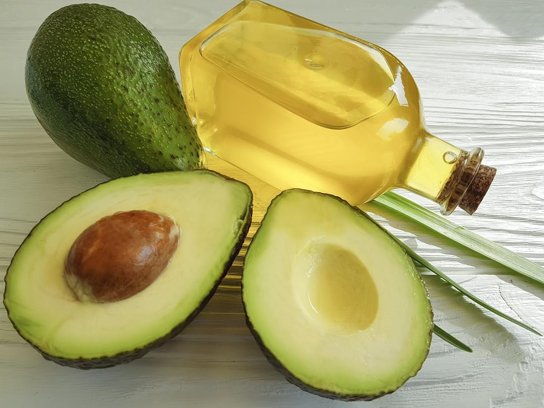 Avocado oil for skin: 8 benefits and how to use it