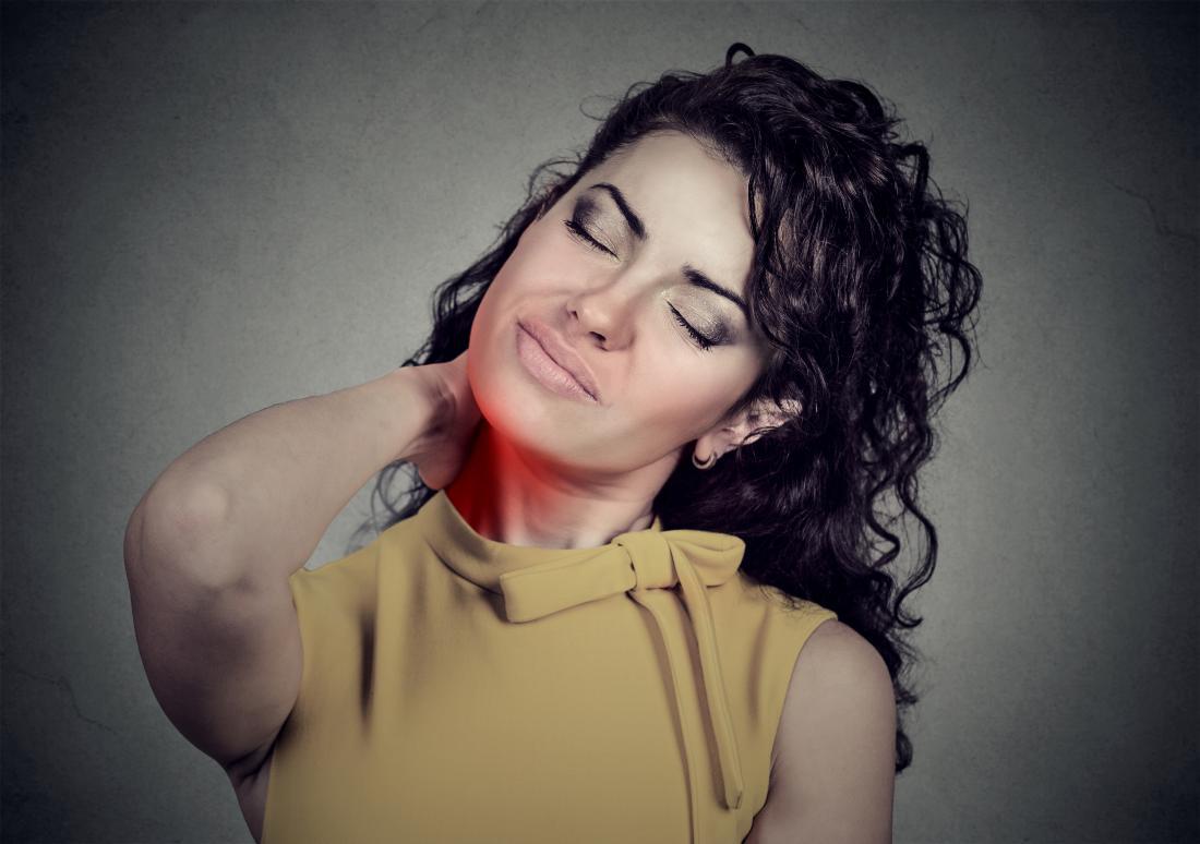 Fibromyalgia symptoms in women: Causes and treatments