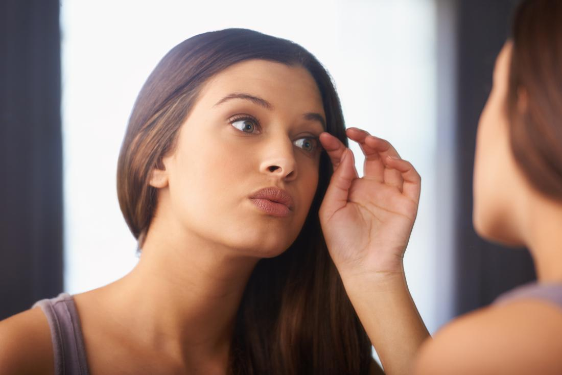 Do eyelashes grow back? Treatment and home remedies