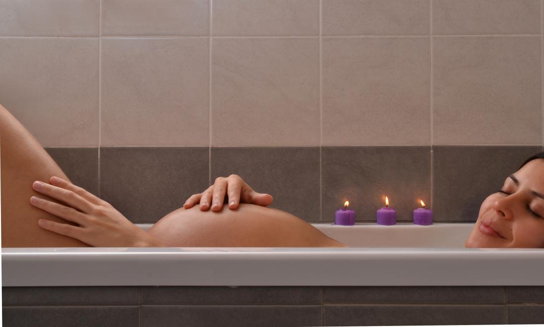 Epsom salt bath during pregnancy: 5 benefits
