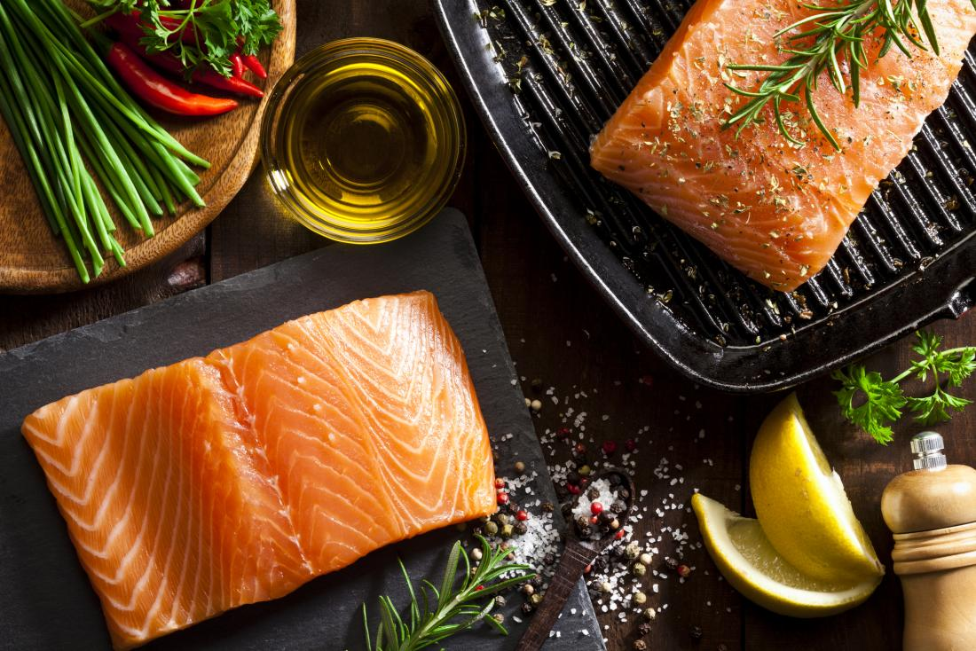 Wild vs  farmed salmon: What's the difference?