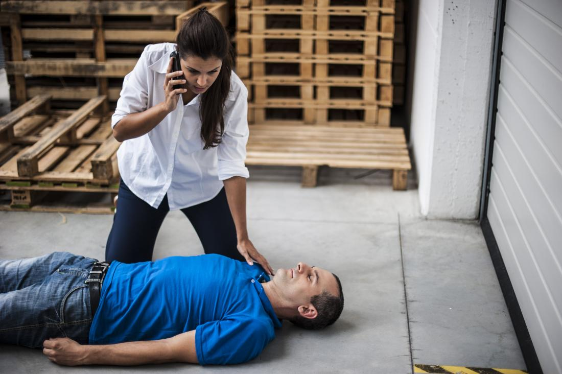 3b1ebdb15f First aid for unconsciousness: What to do and when to seek help