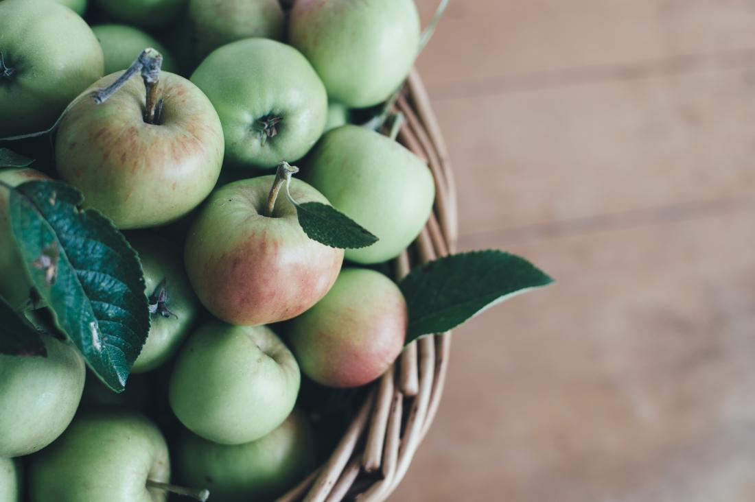 A compound found in apples can slow down aging