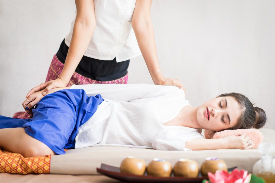 Thai massage: 5 benefits and side effects