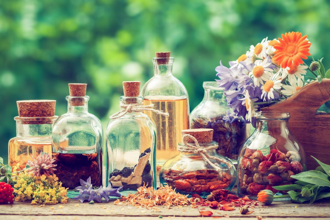 Herbal tinctures: 6 types and recipes