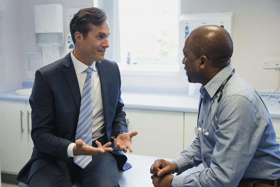 Testicular pain: 8 causes and when to see a doctor