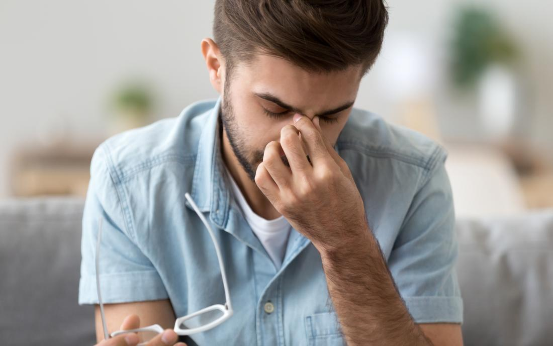 Bridge of nose pain: Causes and treatment