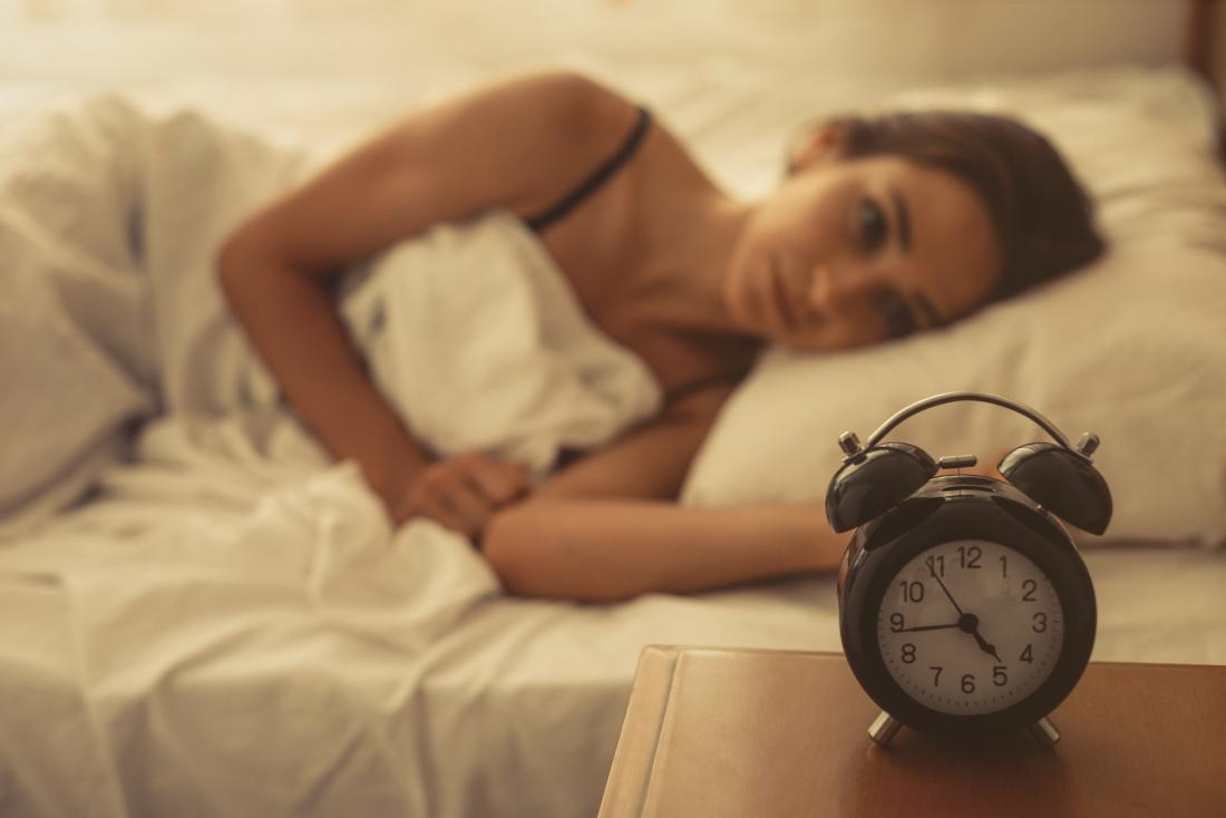 Waking up with anxiety: 7 possible causes