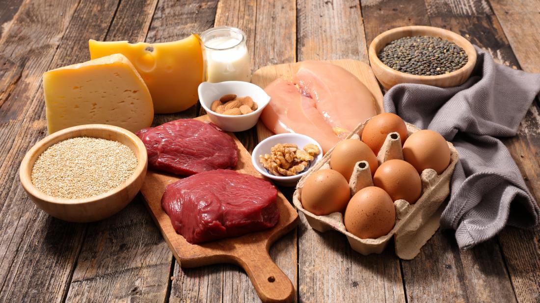 carne crua e laticínios