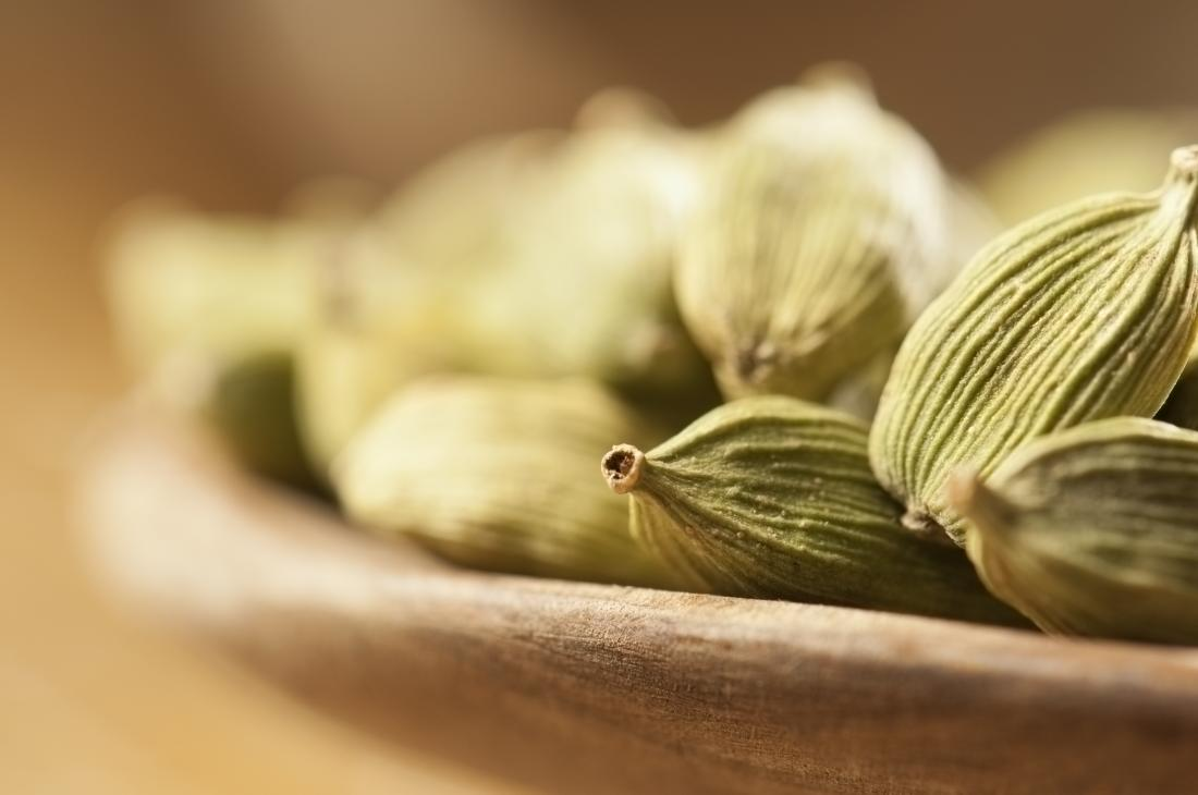 Cardamom seeds which have a lot of benefits