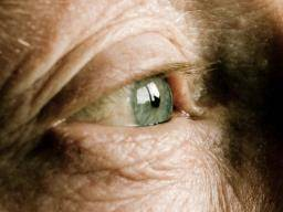 Vitrectomy: Procedure, complications, and recovery