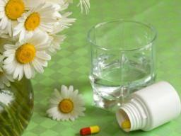 Benadryl and alcohol: 10 dangers of mixing