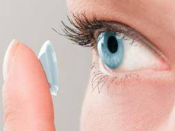 Burning eyes: Causes and home remedies