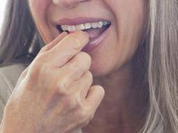 Menopause rash: Causes and treatment