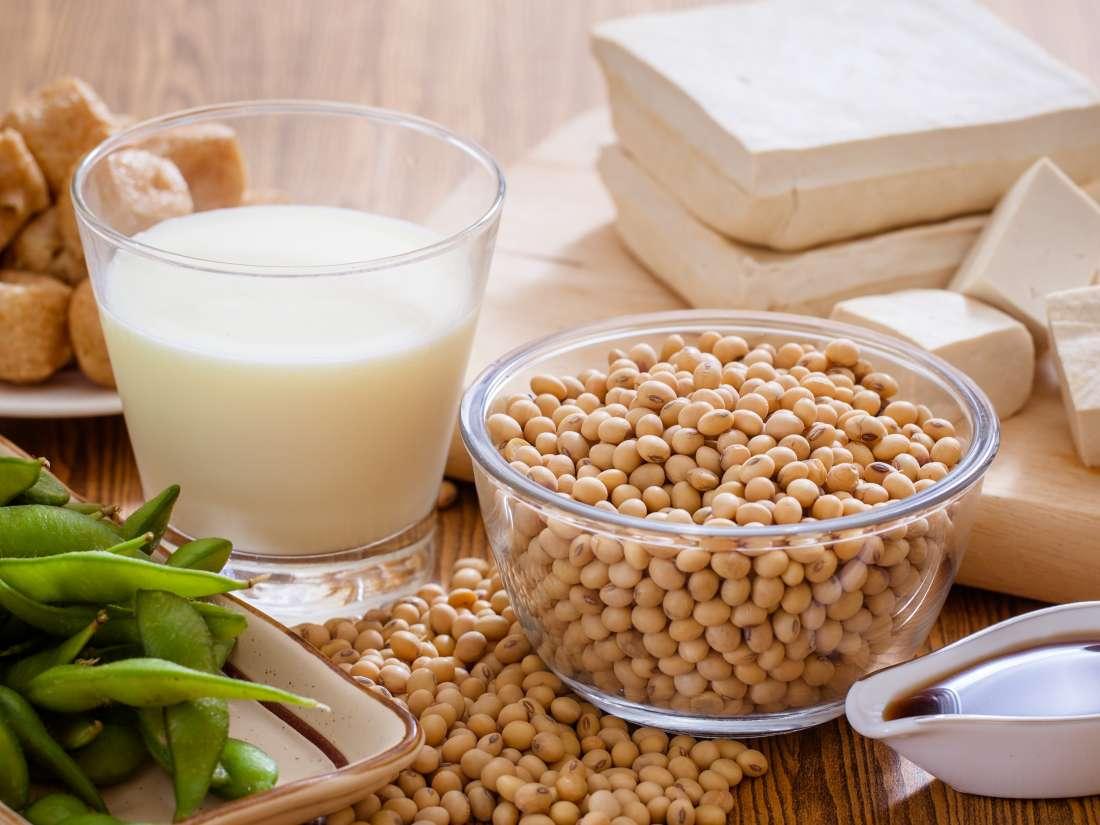 Phytoestrogens: Benefits, risks, and food list