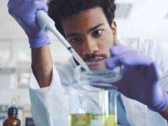 Investigating 'spin' in scientific journals