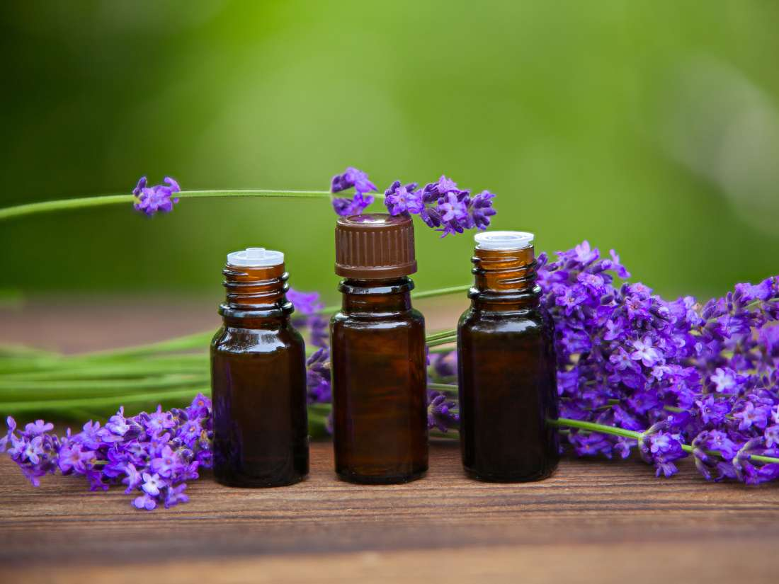 Essential oils and asthma: Options, how to use, and risks