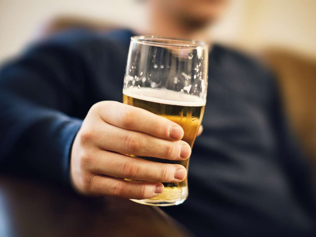 Cephalexin and alcohol: Side effects and risks