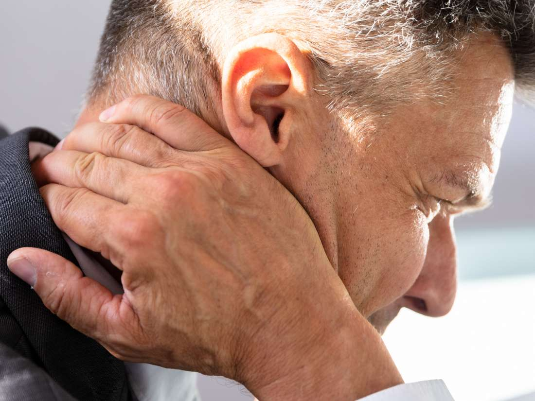 Cluster headaches: Treatment, symptoms, and causes