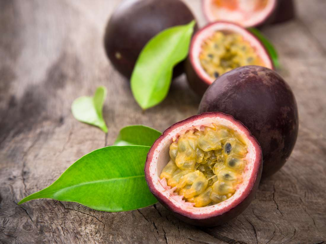 passion fruit: 8 benefits and nutrition