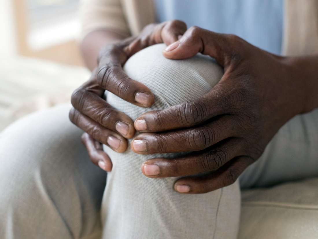 Medical News Today: Causes and treatments for burning in the knee thumbnail