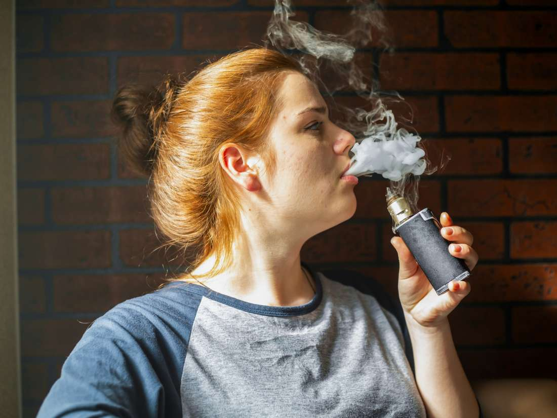 Specialists call for 'aggressive' measures against e-cigarettes