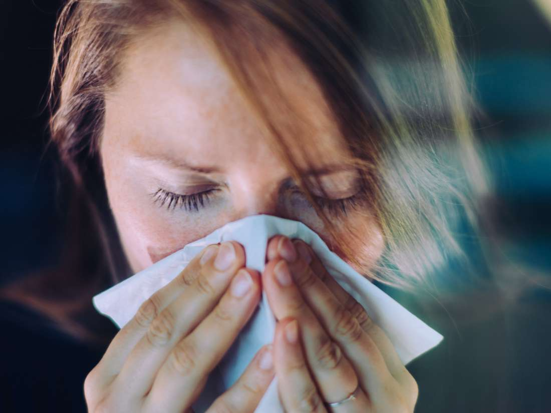 What are the stages of the common cold?